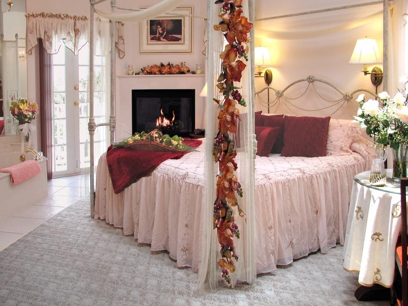 Maison decor romantique page 2 for Chambre couple romantique